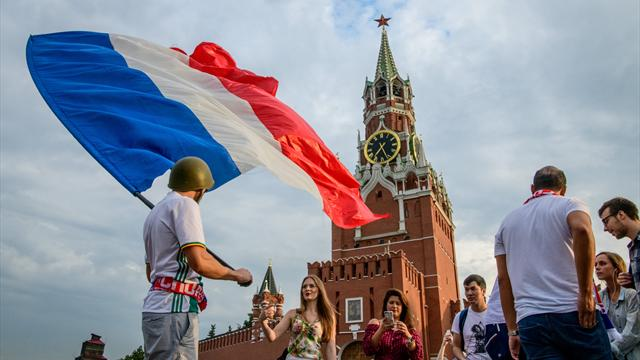 Il y a un an... les Français envahissaient Moscou avant de conquérir le monde