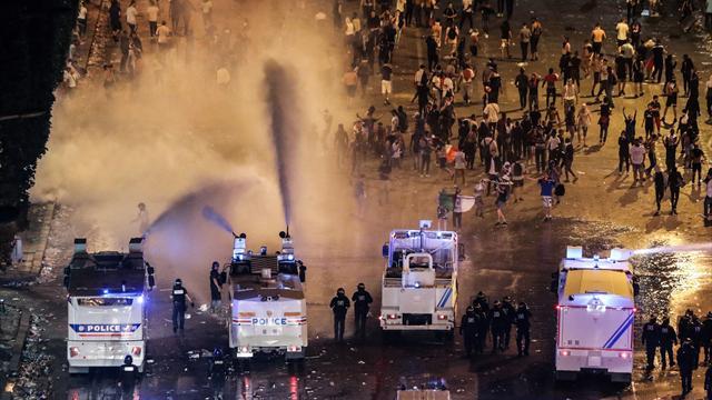 Francia shock durante i festeggiamenti: due morti e alcuni feriti gravi
