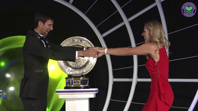 Wimbledon winnaars Djokovic en Kerber dansen bij het Champions´ dinner