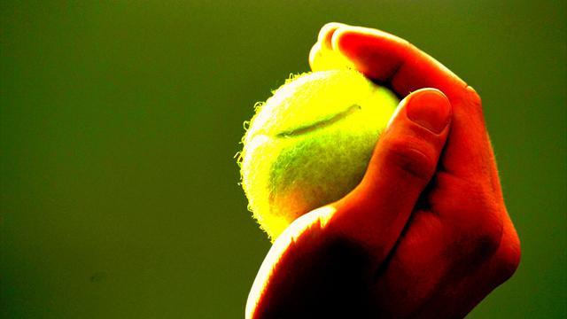 Dis, pourquoi… la balle de tennis est-elle jaune ?