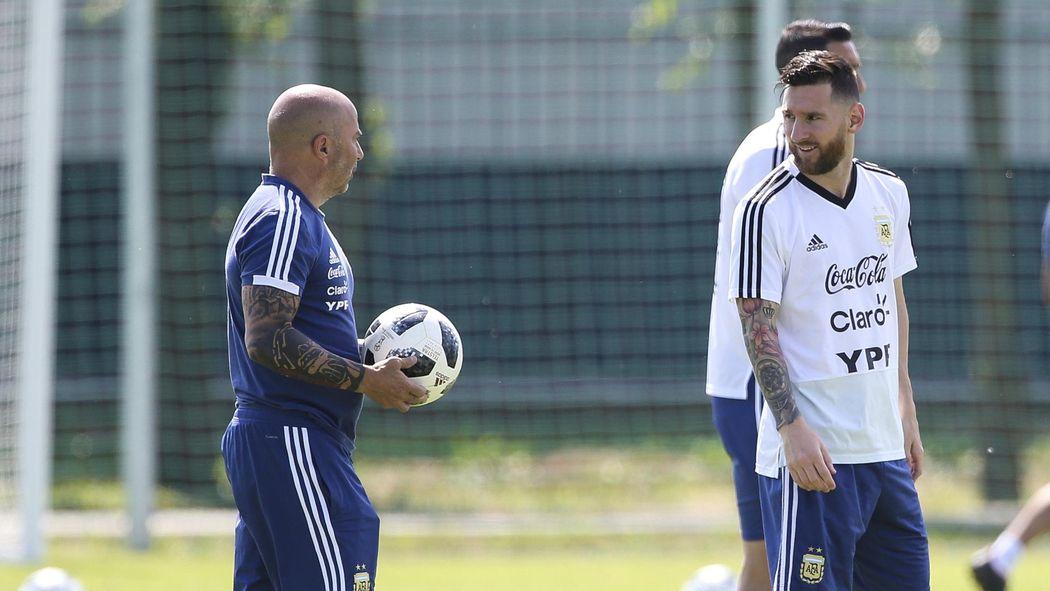 """Révélation - Messi aurait ridiculisé Sampaoli : """"On n'a plus confiance en toi"""""""
