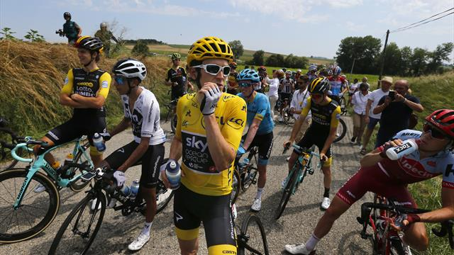 Protest delays Tour de France; cyclists accidentally tear-gassed in eyes