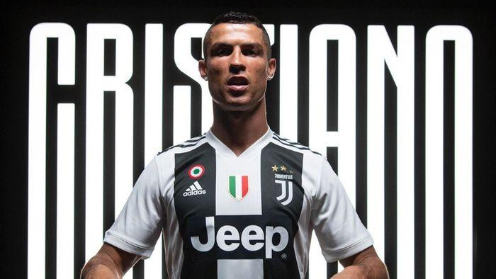 La Credenza Ronaldo : Juventus: prima cena torinese per cristiano ronaldo. e bonucci a