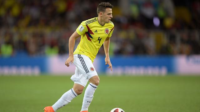 Atletico Madrid sign Santiago Arias