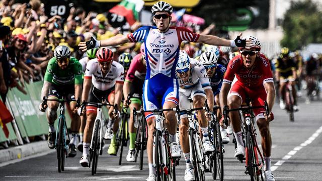 Les Champs-Élysées se préparent — Tour de France