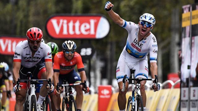 Kristoff sprinta per il successo! Rivivi la volata del campione d'Europa che vince a Parigi