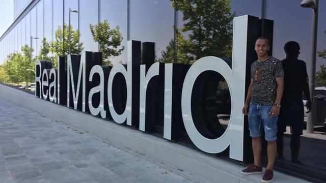 El Madrid ficha a Ayoub Abou — Oficial