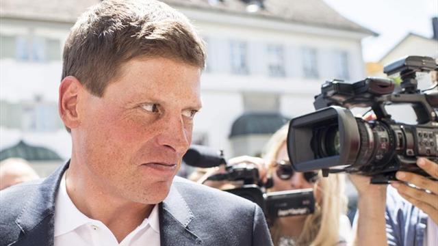 En libertad el exciclista Ullrich, con orden de alejamiento de Til Schwiger