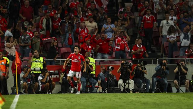 Benfica assure, l'Ajax frustré