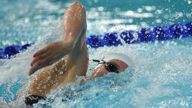 Wattel termine 8e du 100m papillon, McNeil crée la surprise