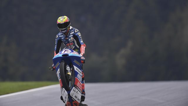 Doppietta italiana in Moto3: Bezzecchi trionfa davanti a Bastianini e allunga nel Mondiale