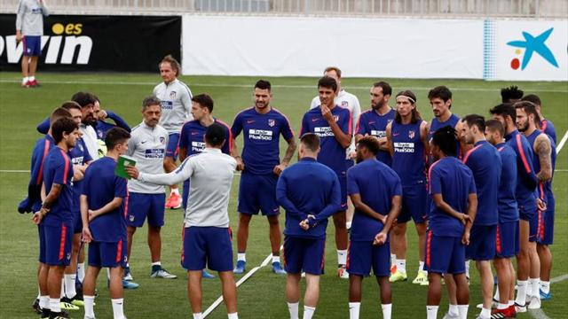 Simeone convoca a 24 jugadores sin Gameiro