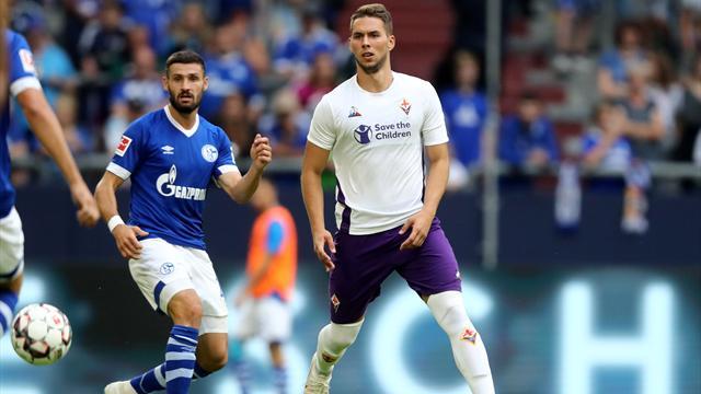 La Fiorentina crolla in Germania: lo Schalke 04 si impone con un netto 3-0