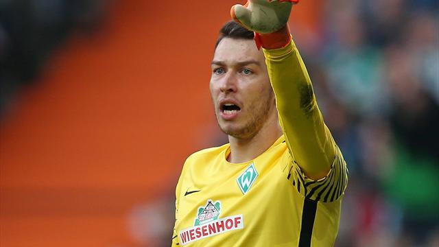 Werder Bremen verlängert Vertrag mit Pavlenka