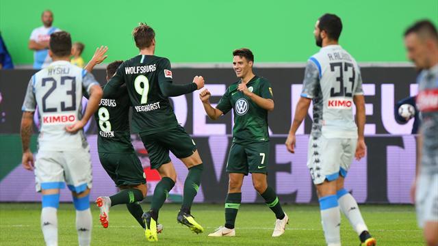 Il Napoli resta un cantiere aperto: segna Milik e torna Mertens, ma vince il Wolfsburg 3-1