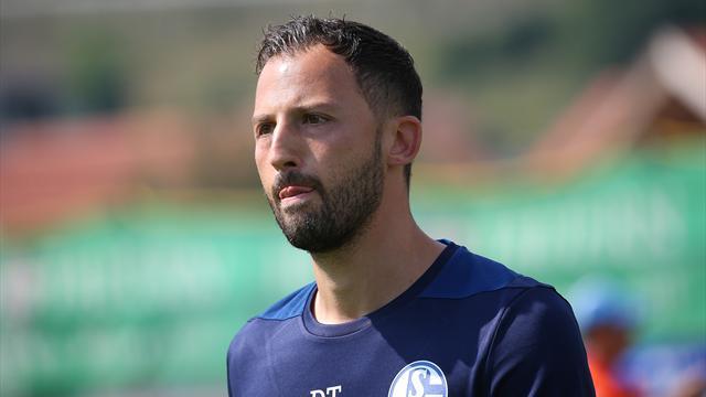 Schalke 04 bindet Trainer Tedesco langfristig
