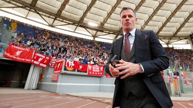 Carragher claims United's away dressing room has been 'cut in half'