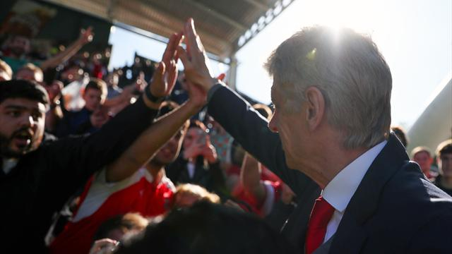 '#WengerIn' - Arsenal fans divided after defeat to City
