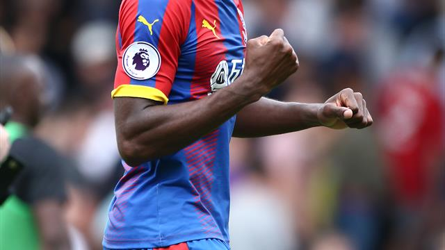 Wilfried Zaha remains committed to Crystal Palace