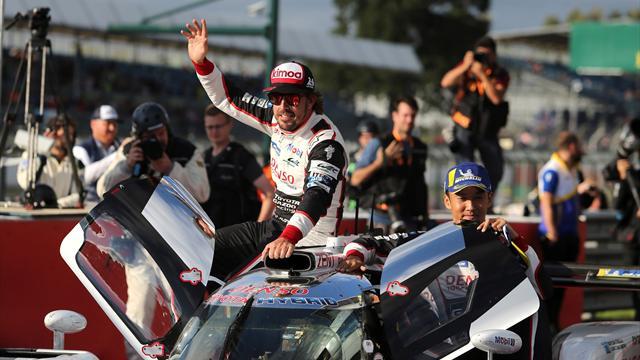 Salida difícil, pasadas geniales y alegría final: Así fue la épica victoria de Alonso en Silverstone