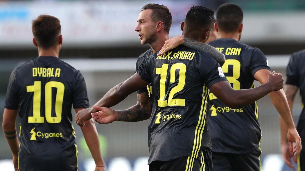 bd54549e7d4 La Juventus presenta il nuovo kit away  un omaggio al passato - Serie A 2018 -2019 - Calcio - Eurosport