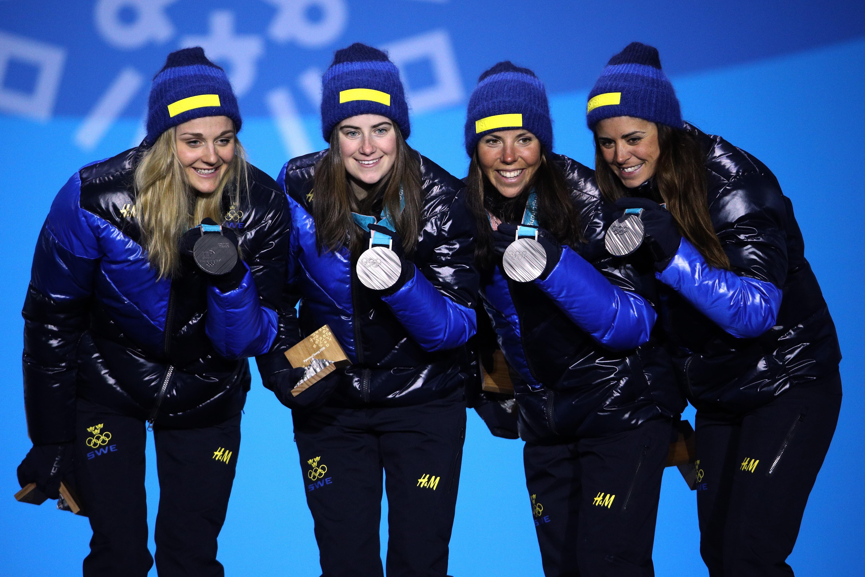 Anna var med och tog silver i staffetten i OS 2018