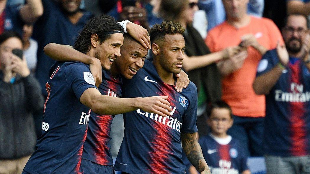 Le Psg Bat Angers 3 1 Grâce à Son Trio Mbappé Cavani Neymar