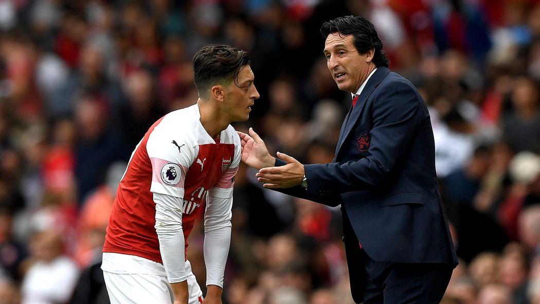87066c4d0 Paper Round  Mesut Ozil put in his place by Unai Emery - Premier League  2018-2019 - Football - Eurosport UK
