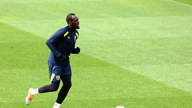 Coup de foudre en Australie : Bolt en piste pour son premier match de foot