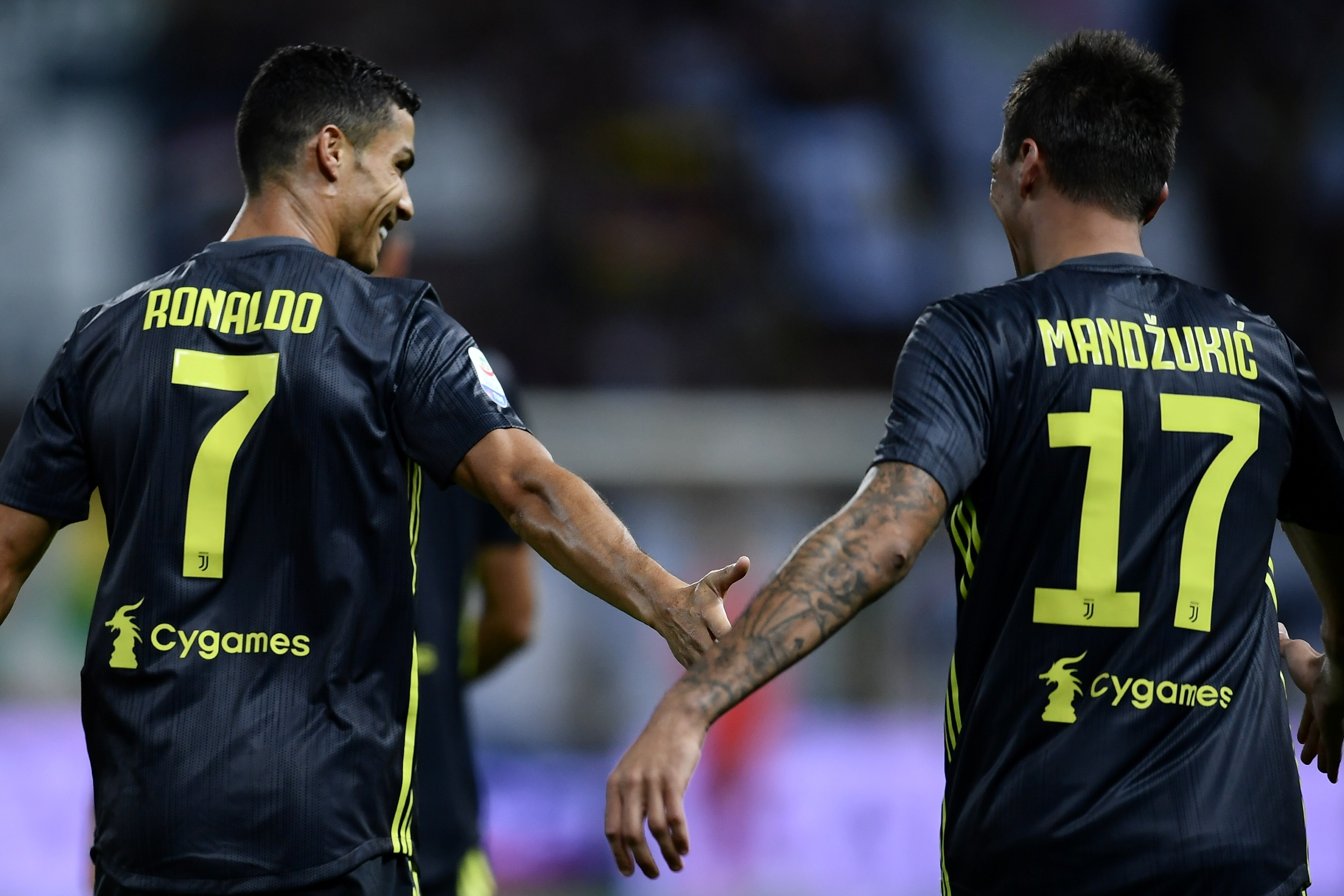 Cristiano Ronaldo et Mario Mandzukic lors de Parme - Juventus en Serie A 2018/2019