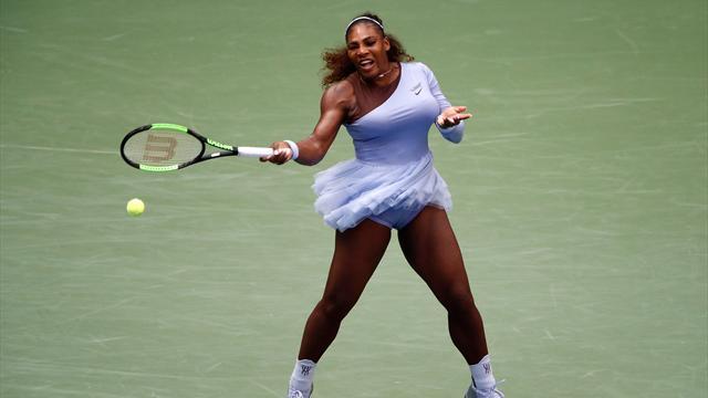 Serena lâche son 1er set mais pas ses rêves de record