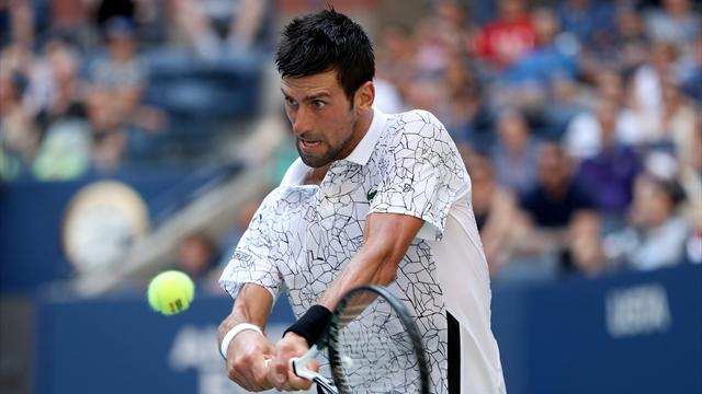 Djokovic a vaincu Sousa et la chaleur