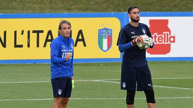 Манчини включает игрокам сборной Италии музыку на тренировках. В плейлисте есть Queen и Майли Сайрус