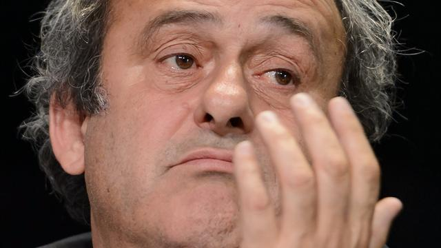 """Platini porte plainte contre X en France, pour """"dénonciation calomnieuse"""""""