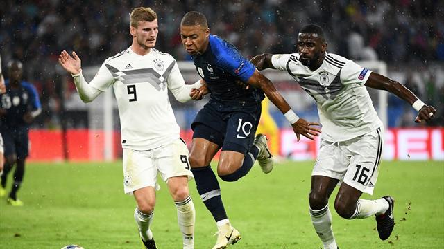 """Müller bluffé par Mbappé : """"Il faut au moins deux joueurs pour le stopper..."""""""