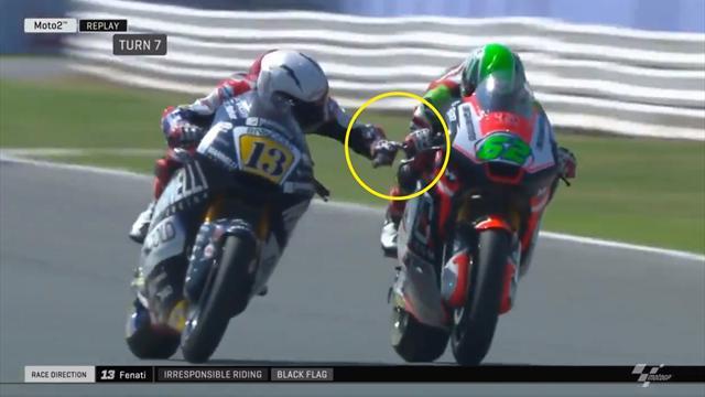 Follia in Moto2: Romano Fenati affianca Manzi e gli pinza il freno, squalificato!