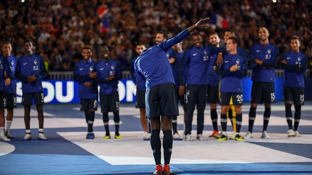 Umtiti, clapping, Griezmann… Les Bleus ont fait le show pendant la célébration du titre