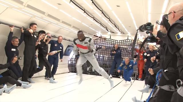 Usain Bolt runs in a zero-gravity plane