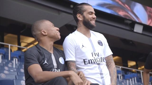 Il Paris Saint-Germain presenta le nuove divise firmate Jordan