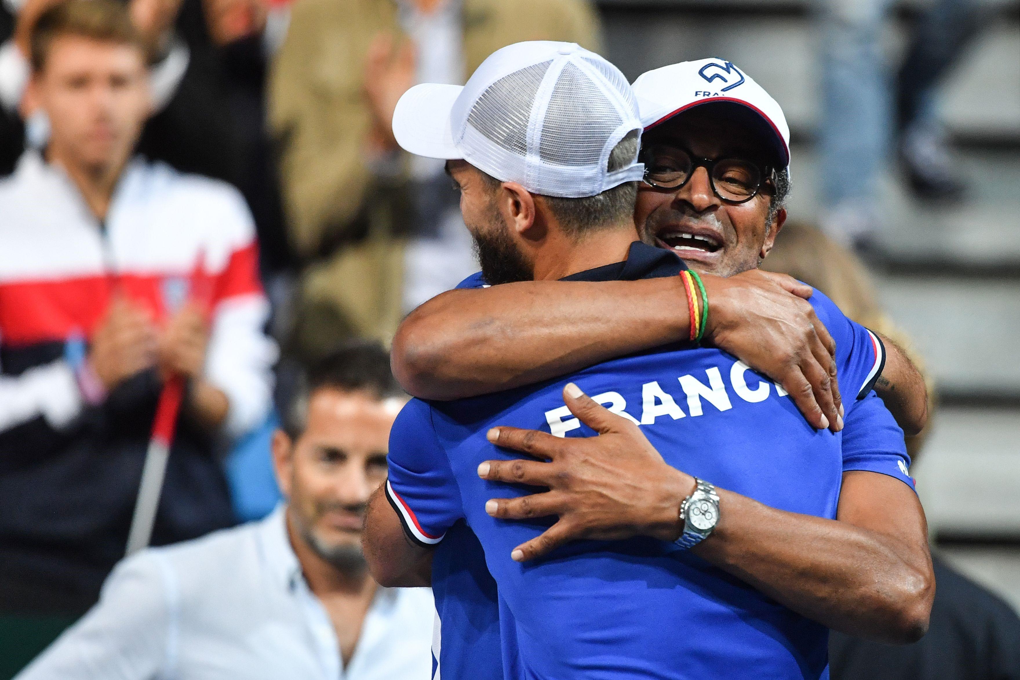 Benoît Paire et Yannick Noah lors de France-Espagne / Coupe Davis