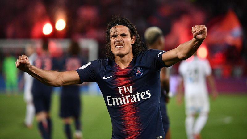 La joie d'Edinson Cavani (PSG), buteur contre Saint-Etienne