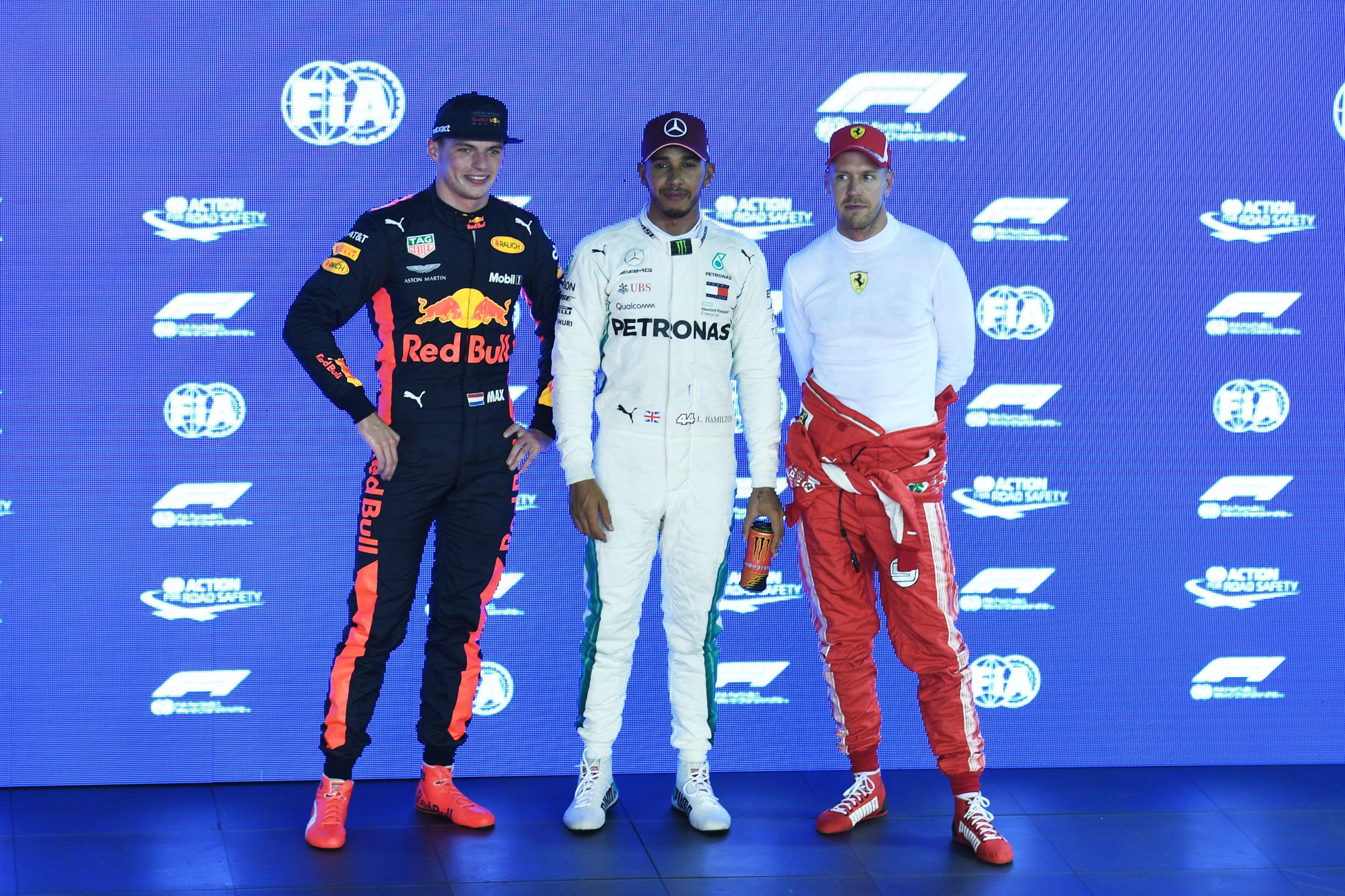 Lewis Hamilton (Mercedes), Max Verstappen (Red Bull) et Sebastian Vettel (Ferrari) au Grand Prix de Singapour 2018
