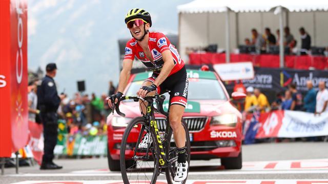 Simon Yates padrone della Vuelta! Domani la passerella a Madrid, la penultima tappa va a Mas