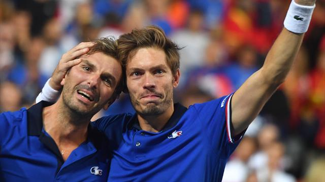 Benneteau and Mahut win doubles as France beat Spain to reach Davis Cup final