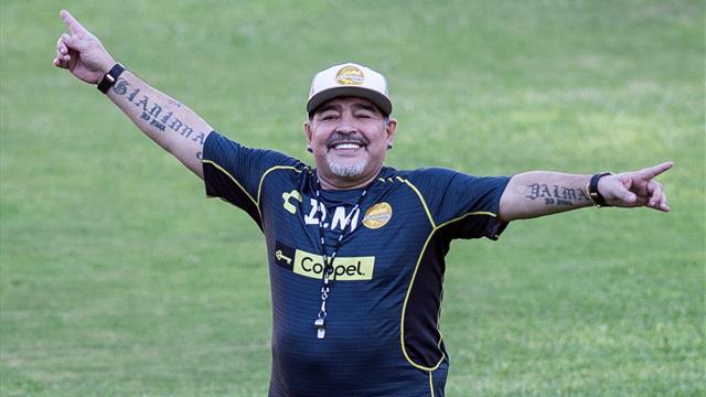 Première défaite de Maradona avec Sinaloa