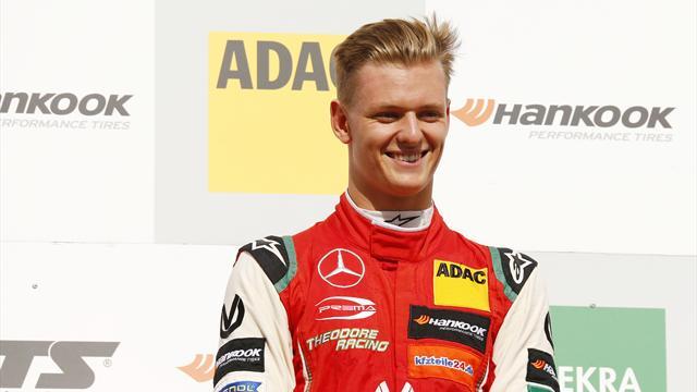 Schumacher holt dritte Pole Position in Serie