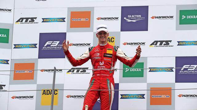 Austria, Mick Schumacher vince gara 1 e sale in vetta