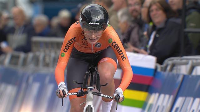 Rozemarijn Ammerlaan takes golds at Junior TT