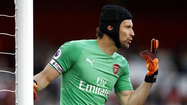 Cech va ranger ses gants