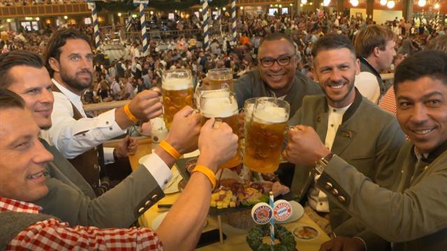 """Bayern-Legenden auf der Wiesn: """"Mit Bier spreche ich besser deutsch"""""""